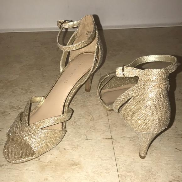 gold sparkly low heels